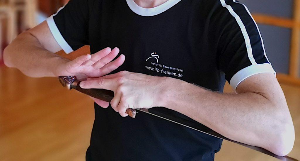 Bild: Workshop Sizheng Taijiquan Schwert - Das Schwert Greifen